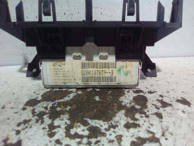 PANTALLA MULTIFUNCION RENAULT MEGANE II BERLINA 3P Emotion  1.5 dCi Diesel (82 CV) |   07.04 - 12.05_img_2