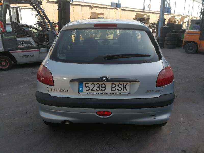 PEUGEOT 206 BERLINA XT  1.4 HDi (68 CV) |   12.98 - 12.05_img_4