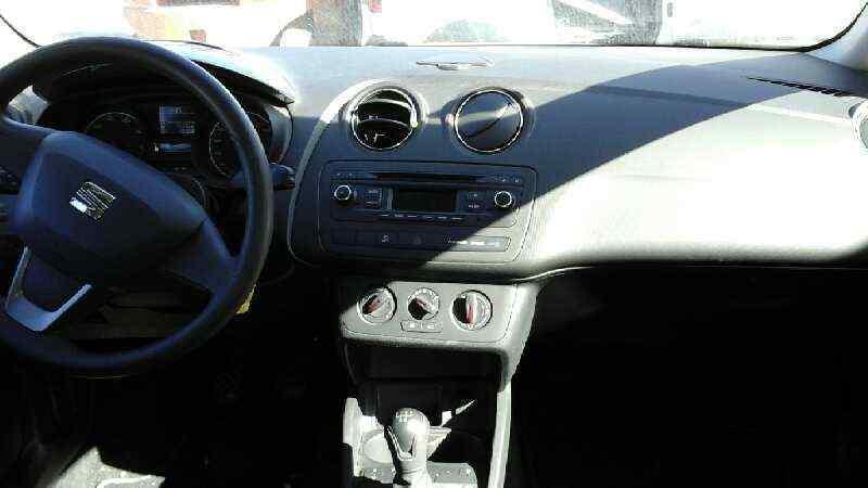 SISTEMA AUDIO / RADIO CD SEAT IBIZA (6J5) Reference I-Tech 30 Aniversario  1.2 12V (69 CV) |   05.14 - 12.15_img_5