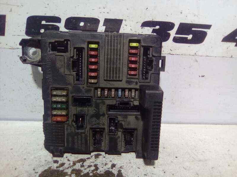 CAJA RELES / FUSIBLES RENAULT MEGANE II BERLINA 3P Emotion  1.5 dCi Diesel (82 CV)     07.04 - 12.05_img_0