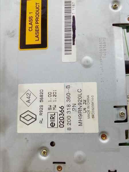 SISTEMA AUDIO / RADIO CD RENAULT LAGUNA II GRANDTOUR (KG0) Dynamique  2.2 dCi Turbodiesel (150 CV) |   03.01 - 12.05_img_2
