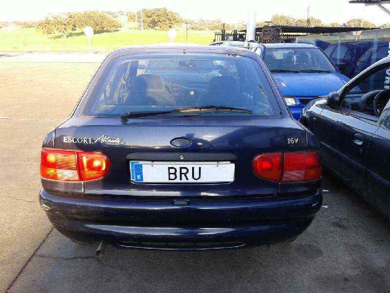 FORD ESCORT BERLINA/TURNIER Bravo Lim.  1.6 16V CAT (90 CV) |   06.94 - ..._img_1