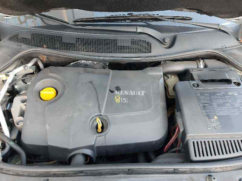 RENAULT MEGANE II CLASSIC BERLINA Confort Authentique  1.5 dCi Diesel (82 CV)     12.03 - 12.05_img_1