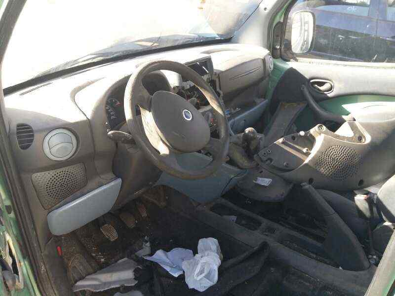 FIAT DOBLO CARGO (223) 1.9 JTD SX Furg. Panorama   (105 CV) |   01.04 - ..._img_4
