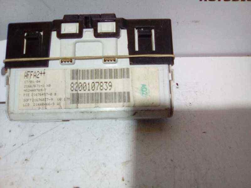 PANTALLA MULTIFUNCION RENAULT MEGANE II BERLINA 3P 1.9 dCi Diesel   (120 CV) |   0.02 - ..._img_1