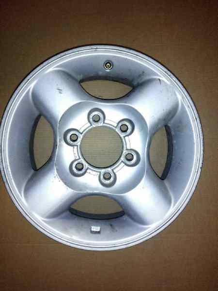 LLANTA NISSAN PICK-UP (D22) 2.5 16V Turbodiesel CAT   (133 CV) |   0.98 - ..._img_0