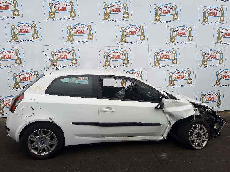 FIAT STILO (192) 1.6 16V Dynamic   (103 CV) |   09.01 - 12.06_img_0