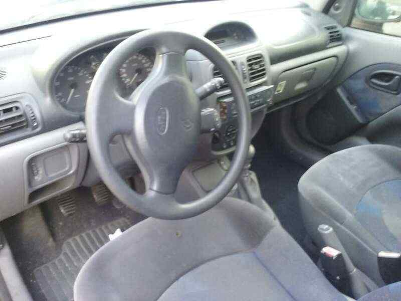 RENAULT CLIO II FASE I (B/CBO) 1.9 D Alize   (64 CV) |   12.98 - 12.01_img_2