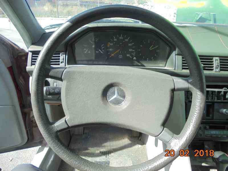 MERCEDES CLASE E (W124) BERLINA D 200 (124.120)  2.0 Diesel (72 CV)     0.84 - ..._img_2