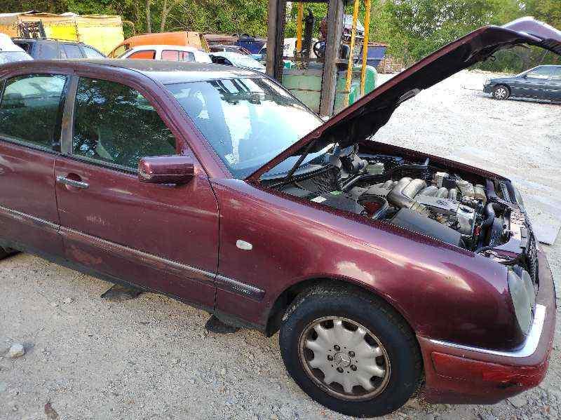 MERCEDES CLASE E (W210) BERLINA DIESEL 300 Diesel (210.020)  3.0 Diesel CAT (136 CV) |   05.95 - ..._img_0