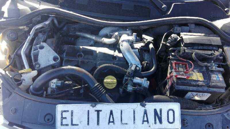 RENAULT MEGANE II FAMILIAR Dynamique Luxe  1.9 dCi Diesel FAP (131 CV) |   09.03 - 12.06_img_0