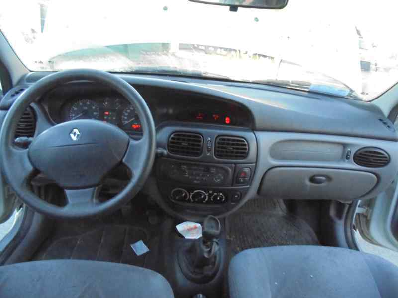 RENAULT MEGANE I FASE 2 BERLINA (BA0) 1.9 dCi Authentique   (102 CV) |   10.00 - 12.02_img_5