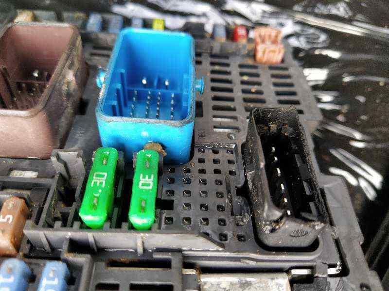 CAJA RELES / FUSIBLES PEUGEOT 308 GTi  1.6 16V THP (272 CV) |   0.13 - ..._img_4