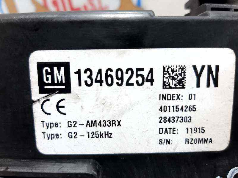 CAJA RELES / FUSIBLES OPEL MERIVA B Selective  1.4 16V Turbo (bivalent. Gasolina / LPG) (120 CV) |   01.12 - 12.15_img_2