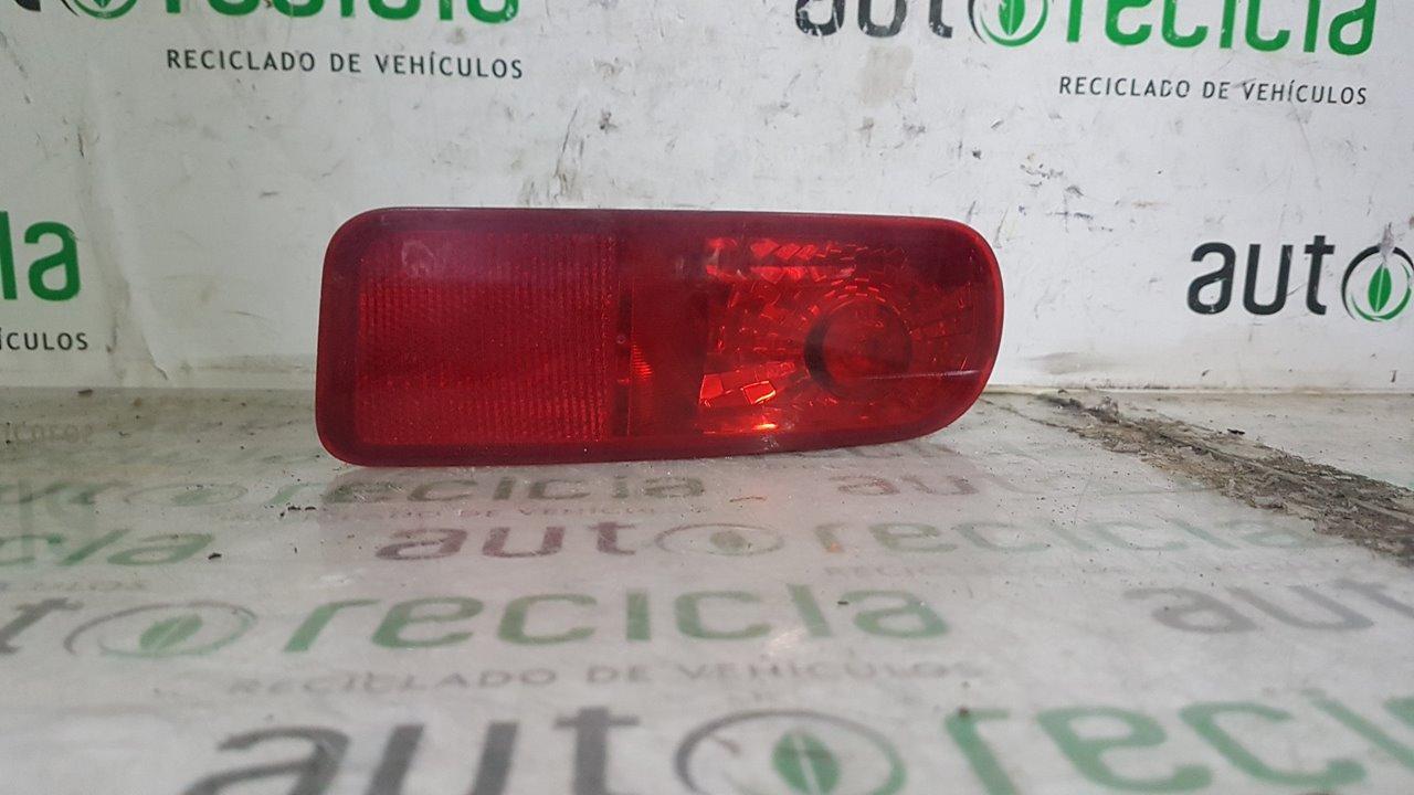 PILOTO TRASERO DERECHO PARAGOLPES RENAULT CLIO GRANDTOUR Dynamique  1.5 dCi Diesel CAT (86 CV) |   0.08 - ..._img_0