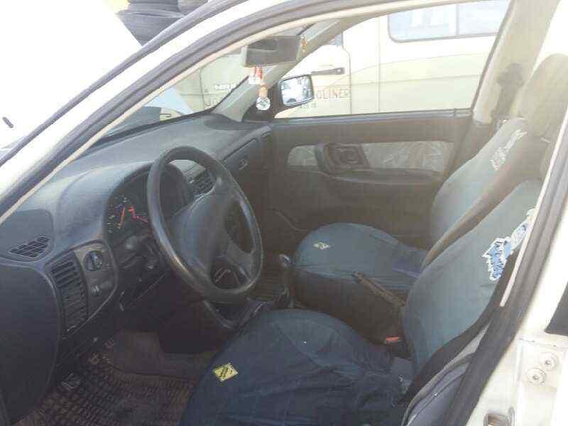 SEAT IBIZA (6K) GLX  1.9 Turbodiesel CAT (AAZ) (75 CV) |   09.96 - 12.96_img_4