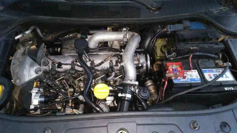RENAULT MEGANE II COUPE/CABRIO Authentique  1.9 dCi Diesel (120 CV) |   10.06 - ..._img_5