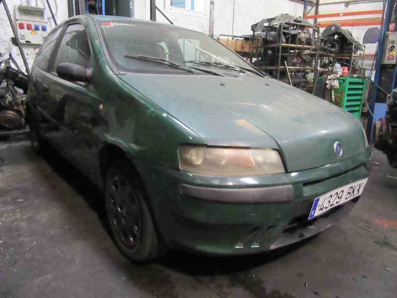 FIAT PUNTO BERLINA (188) 1.2 8V Active   (60 CV) |   01.02 - 12.03_img_0
