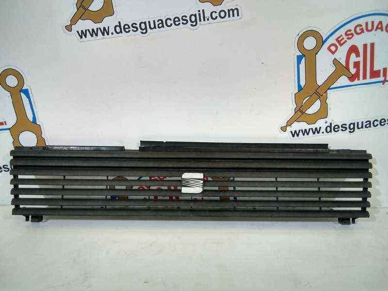 REJILLA DELANTERA SEAT IBIZA Comfort  1.2  (60 CV) |   09.88 - ..._img_0