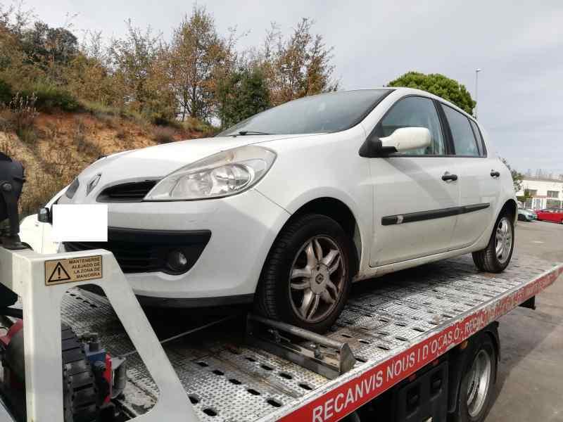 PARAGOLPES DELANTERO RENAULT CLIO III Authentique  1.5 dCi Diesel CAT (86 CV) |   01.07 - 12.10_img_3