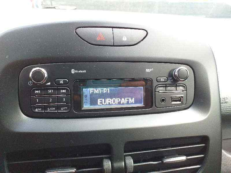SISTEMA AUDIO / RADIO CD RENAULT CLIO IV Business  1.5 dCi Diesel FAP (75 CV) |   09.12 - 12.15_img_0