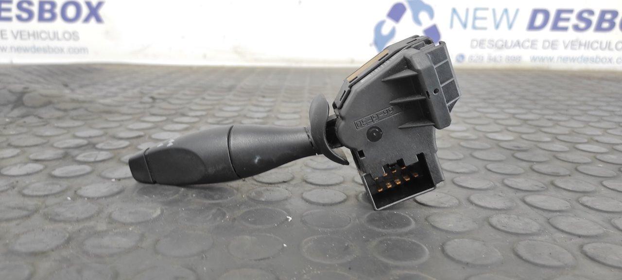 MANDO LIMPIA FORD FOCUS TURNIER (CAK) Ghia  1.8 TDCi Turbodiesel CAT (116 CV)     01.01 - 12.04_img_1