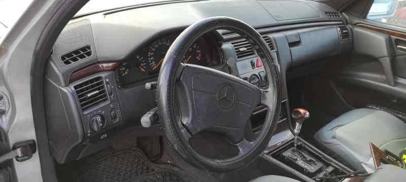 MERCEDES CLASE E (W210) BERLINA DIESEL 300 Turbodiesel (210.025)  3.0 Turbodiesel CAT (177 CV) |   03.97 - ..._img_3