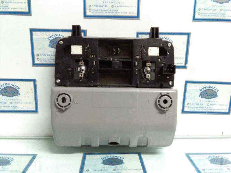 LUZ INTERIOR HYUNDAI I30 Comfort  1.6 CRDi CAT (90 CV) |   07.07 - 12.12_img_2