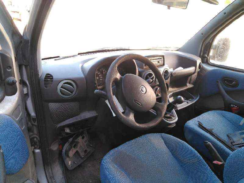 FIAT DOBLO (119) 1.3 16V JTD Active Multijet   (69 CV) |   05.04 - 12.05_img_5