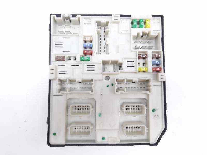 CAJA RELES / FUSIBLES RENAULT MEGANE III BERLINA 5 P Dynamique  1.5 dCi Diesel FAP (110 CV)     05.10 - 12.15_img_1
