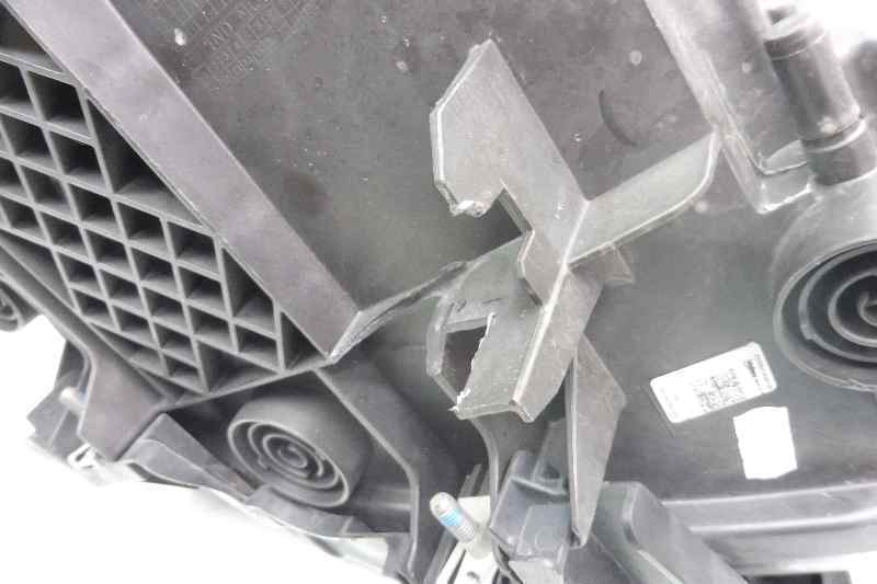 FARO IZQUIERDO BMW SERIE 2 COUPE (F22) 218d  2.0 Turbodiesel (143 CV) |   03.14 - 12.15_img_2