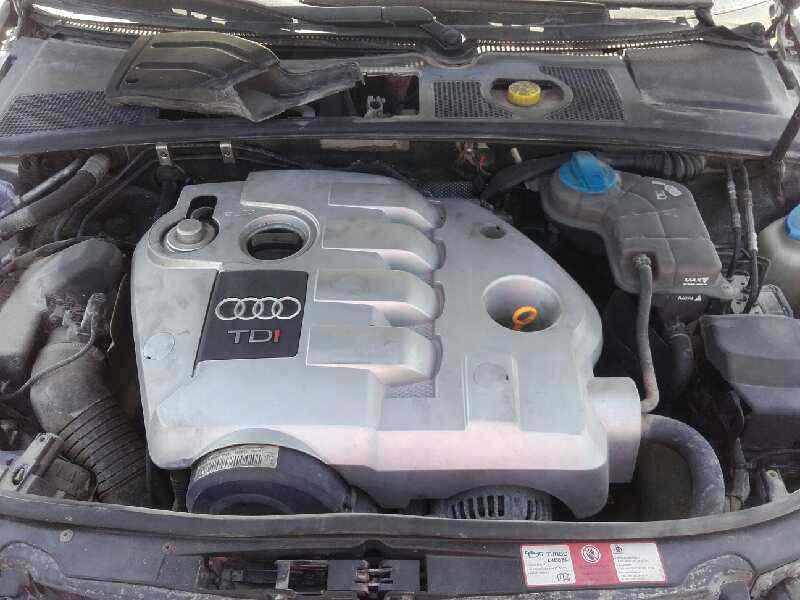 AUDI A4 BERLINA (8E) 1.9 TDI (96kW)   (131 CV) |   12.00 - 12.04_img_4