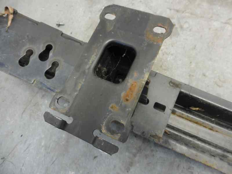 REFUERZO PARAGOLPES DELANTERO LAND ROVER DISCOVERY (...) V6 TD S  2.7 Td V6 CAT (190 CV) |   08.04 - 12.09_img_4
