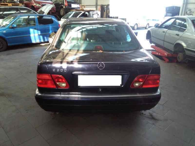MERCEDES CLASE E (W210) BERLINA DIESEL 300 Turbodiesel (210.025)  3.0 Turbodiesel CAT (177 CV) |   03.97 - 12.99_img_5