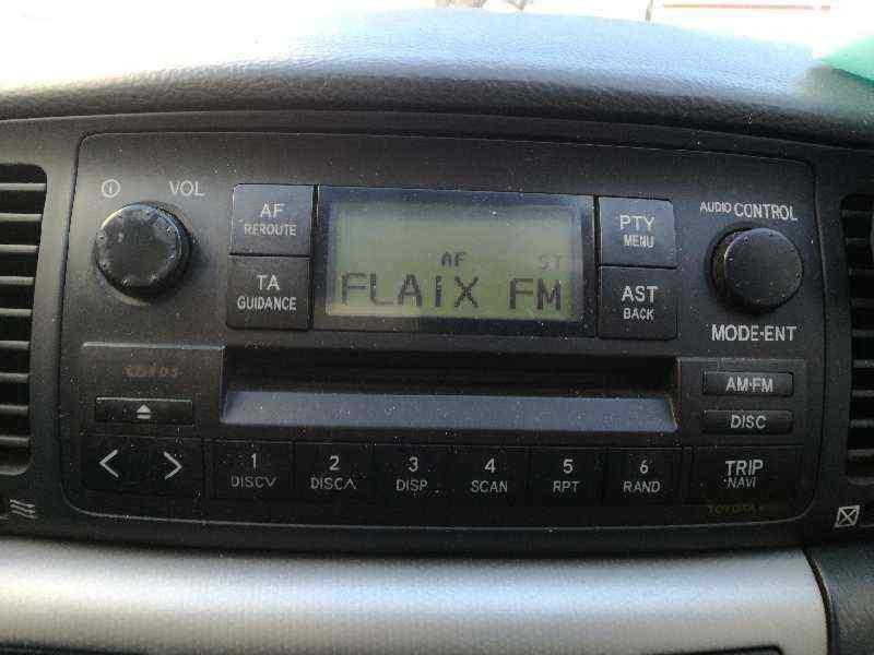 SISTEMA AUDIO / RADIO CD TOYOTA COROLLA (E12) 2.0 D-4D Linea Luna Berlina   (116 CV) |   10.01 - ..._img_0