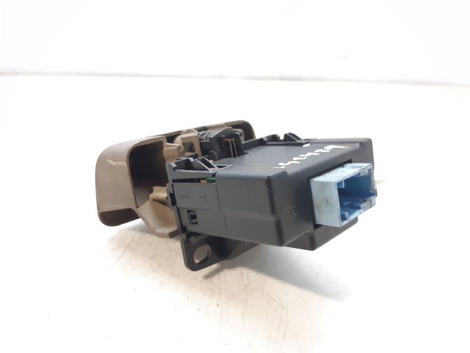 PALANCA FRENO DE MANO RENAULT SCENIC II Luxe Privilege  1.9 dCi Diesel (120 CV) |   06.03 - 12.05_img_1