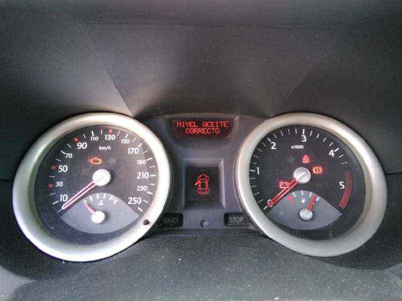 RENAULT MEGANE II BERLINA 5P Confort Authentique  1.5 dCi Diesel (106 CV) |   06.05 - 12.06_img_3