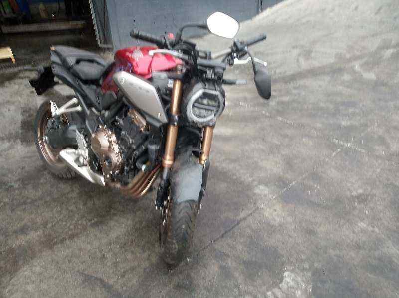 HONDA CB 650F *  649 cm3 - 66 kW (90 CV) |   0.17 - ..._img_1