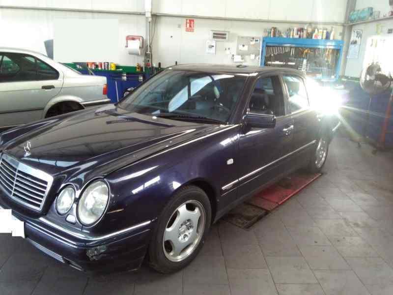 MERCEDES CLASE E (W210) BERLINA DIESEL 300 Turbodiesel (210.025)  3.0 Turbodiesel CAT (177 CV) |   03.97 - 12.99_img_4