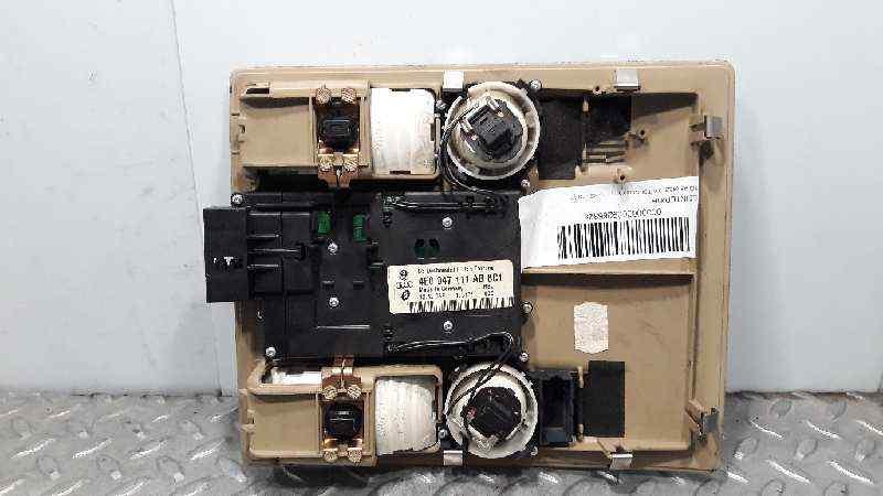 LUZ INTERIOR AUDI A8 (4E2) 3.0 TDI Quattro   (233 CV)     11.03 - 12.10_img_1
