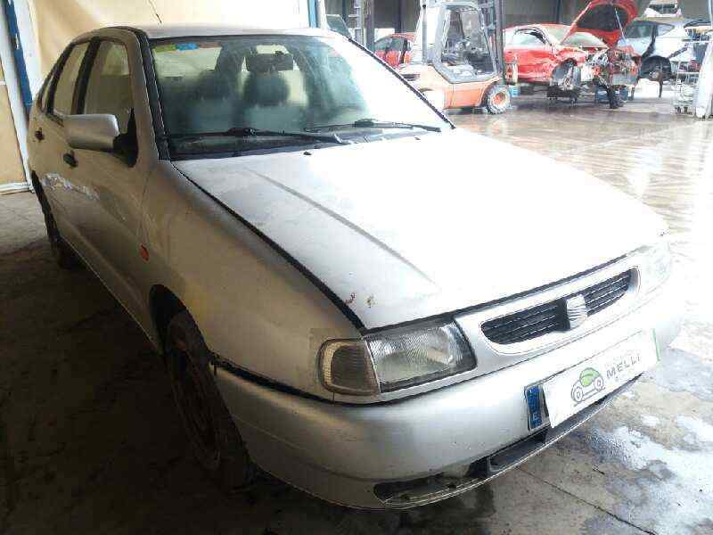 SEAT CORDOBA BERLINA (6K2) Dream (1997->)  1.6  (75 CV) |   02.93 - 12.99_img_5