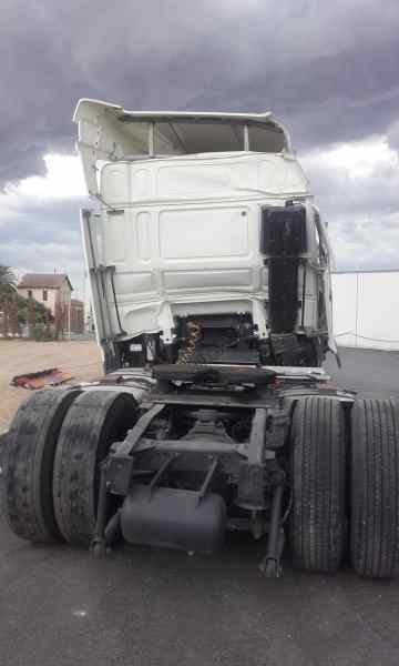 CAJA RELES / FUSIBLES DAF FT XF 105.460 '0  _img_2