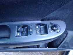 mando elevalunas delantero izquierdo  volkswagen passat variant (3c5) edition plus  2.0 tdi (110 cv) 2009-2010 1K4959857CFKZ