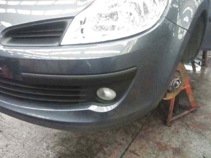 PARAGOLPES DELANTERO RENAULT CLIO III Exception  1.5 dCi Diesel FAP (86 CV) |   09.06 - 12.10_img_0