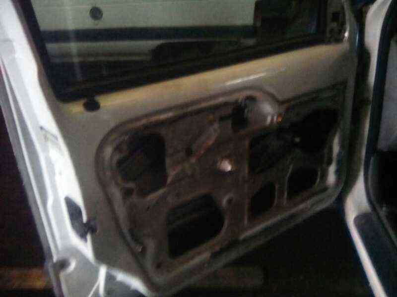 PILOTO TRASERO DERECHO RENAULT KANGOO (F/KC0) 1.5 dCi Diesel   (65 CV) |   0.97 - ..._img_5
