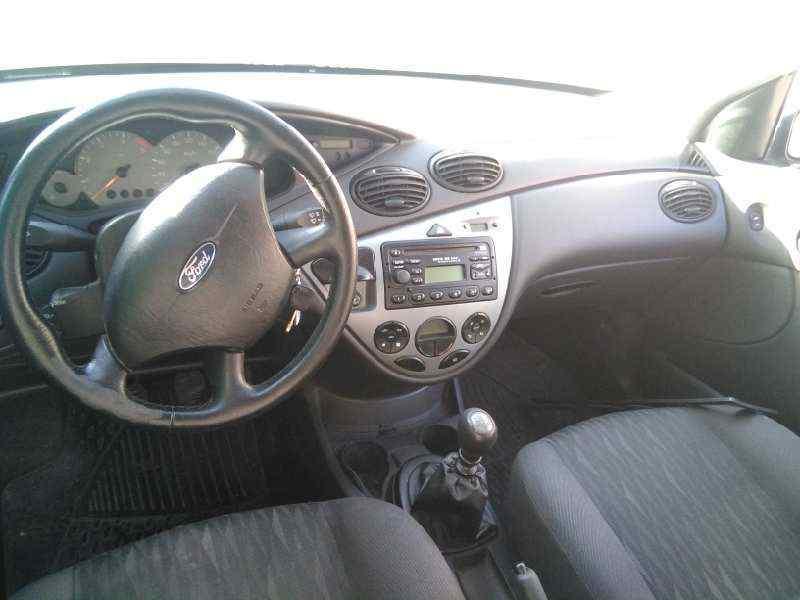 FORD FOCUS BERLINA (CAK) Ghia  1.8 TDCi Turbodiesel CAT (116 CV) |   01.01 - 12.04_img_3