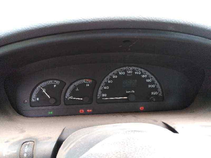 FIAT BRAVA (182) TD 75 S  1.9 Turbodiesel (75 CV) |   09.96 - 12.98_img_3