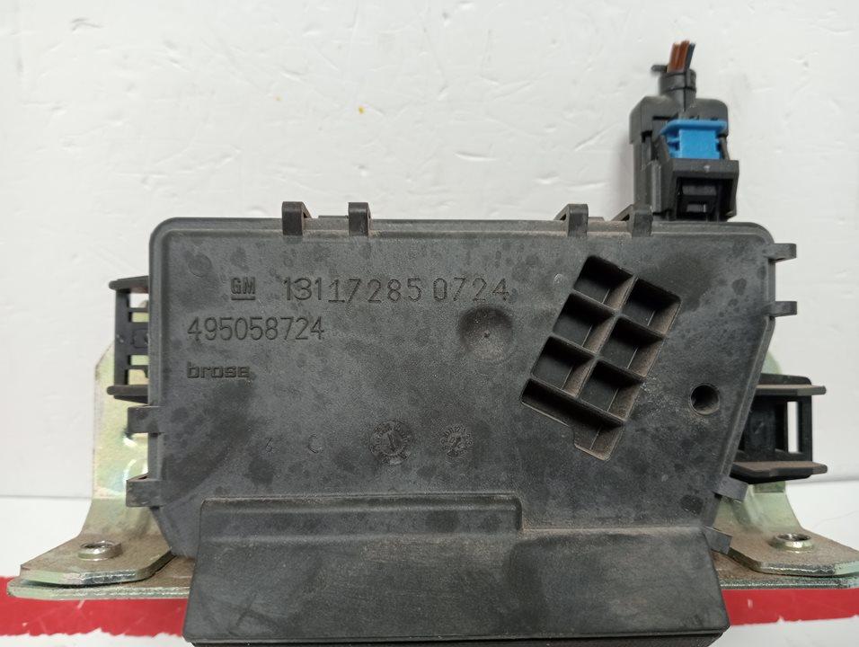 piloto trasero izquierdo renault clio iii rip curl  1.5 dci diesel cat (86 cv) 2007-2007 8200459962