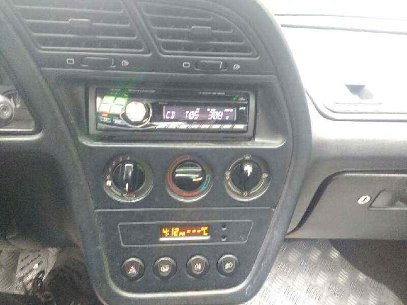 PEUGEOT 306 BERLINA 3/5 PUERTAS (S1) XS DT  1.9 Turbodiesel (92 CV) |   12.96 - 12.97_img_4