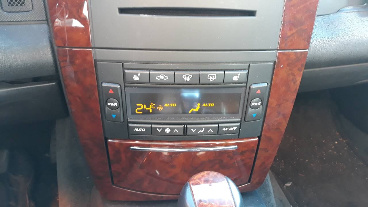 MANDO CLIMATIZADOR CADILLAC SRX V8 Sport Luxury  4.6 V8 CAT (325 CV) |   0.04 - ..._img_0